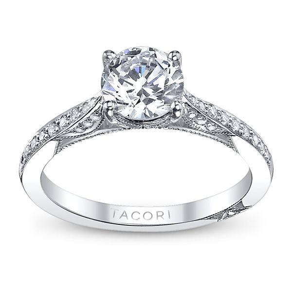Tacori Ladies 18k White Gold and Diamond Engagement Ring