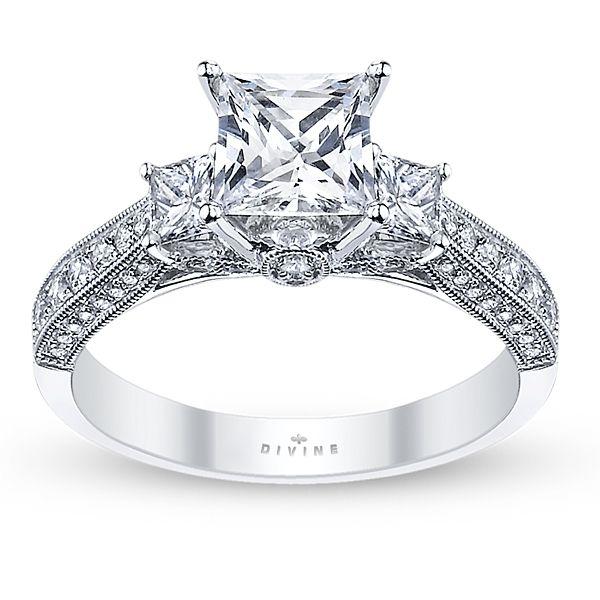 Divine 18k White Gold Diamond Engagement Ring Setting
