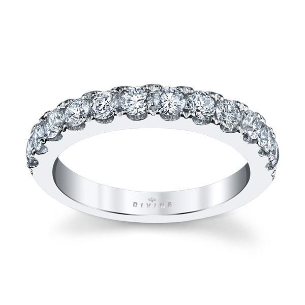 Divine 14k White Gold Diamond Wedding Band 3/4 ct. tw.