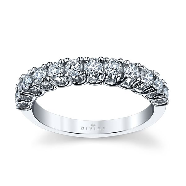 Divine 14k White Gold Diamond Wedding Band 5/8 ct. tw.
