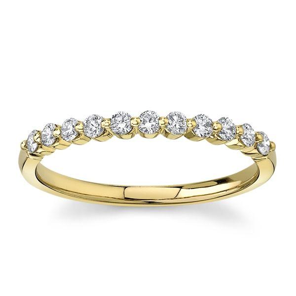 Divine 18k Yellow Gold Diamond Wedding Band 1/4 ct. tw.