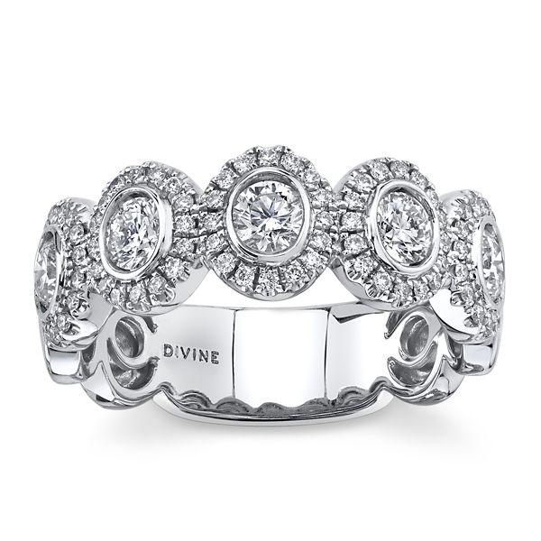 Divine 18k White Gold Diamond Wedding Band 3/4 ct. tw.