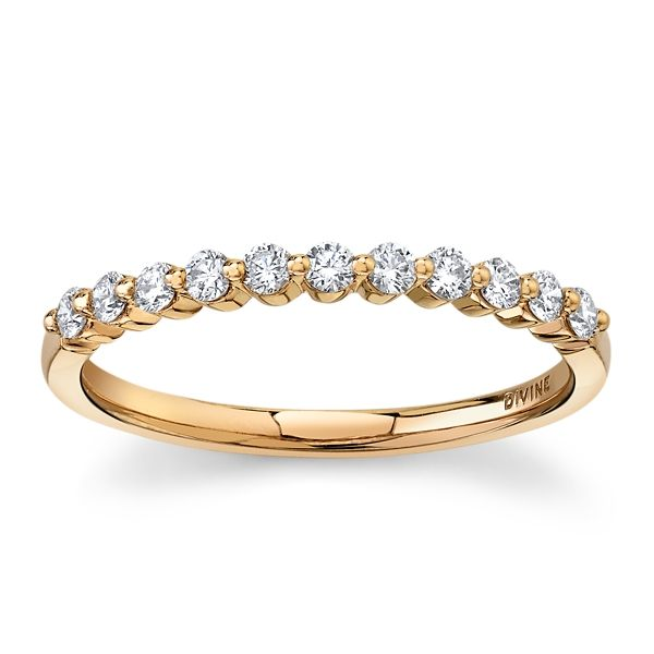 Divine 18k Rose Gold Diamond Wedding Band 1/4 ct. tw.