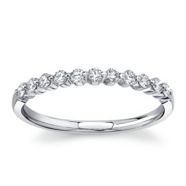 Divine 18Kt White Gold Diamond Wedding Band 1/4 cttw